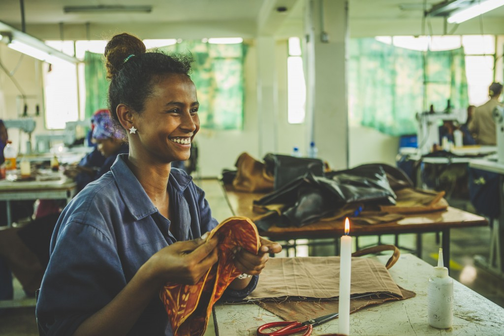 Camper x EFI collection made in Ethiopia (c) ITC Ethical Fashion Initiative & Louis Nderi (9)